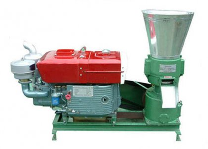 How to operate diesel engine of diesel pellet machine?