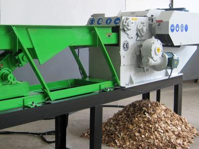Wood chipper processing